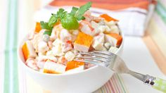 Potato salad with surimi: www.fourchette-and … Salade de pommes de terre au surimi Quinoa Salad Recipes, Salad Dressing Recipes, Easy Cooking, Cooking Recipes, Healthy Recipes, Quinoa Benefits, Drink Recipe Book, How To Cook Quinoa, Gourmet