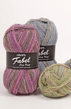 Hard wearing as only a sock yarn can be, DROPS Fabel is a 4 stranded yarn and is superwash treated, which makes it machine washable and easy to care for....
