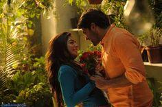 Nayantara Arya Jai Nazriya Nazim Santhanam in Raja Rani Tamil Movie 2013 at Raja Rani Movie Stills Love Couple Photo, Cute Love Couple, Cute Love Songs, Love Poems, Song Images, Animated Love Images, Movie Pic, Love Movie, Tamil Movie Love Quotes