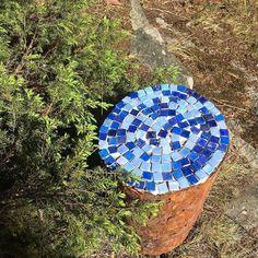 Askartelua mökin alta löytyneistä mosaiikeista #kesämökki #kesäloma #summerhouse #summercottage #cottage  #mosaiikki #mosaic #askartelu #diy #crafts