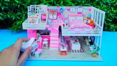 DIY FLAMINGO THEME MINIATURE HOUSE WITH LOFT / Nanay Qhey Loft House, Flamingo, Diys, Miniatures, Make It Yourself, Flamingo Bird, Flamenco, Bricolage, Greater Flamingo