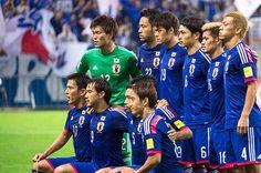 大勝の裏で遂に起こった「政権交代」。西川周作が発揮した集中と、叱責。 - サッカー日本代表 - Number Web - スポーツ総合雑誌ナンバー公式サイト