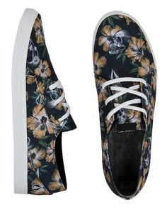 0972ebdbd454e3 Find your favorite men s surf style footwear from