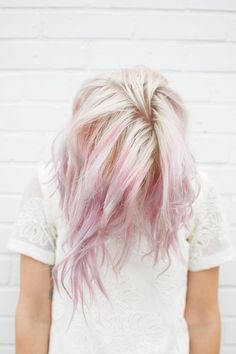 10 Pretty Pastel Hair Color Ideas with Blonde, Silver, Purple and Pink Highlights: #3. Cream to Baby Pink Tousled Locks