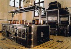 Victorian Kitchens: Design Anatomy — Retrospect   Apartment Therapy