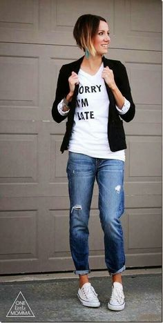 Ideas how to wear cute outfits casual boyfriend jeans for 2019 How To Wear White Converse, White Converse Outfits, Jeans And Converse, Jeans And Sneakers, Red Converse, Converse Sneakers, White Sneakers, White Chucks, Converse Fashion