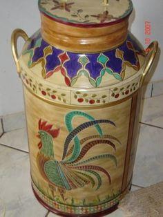 Galao de leite antigo/ 50 lts/ estilo ucraniano/ desenhos geometricos exclusivos