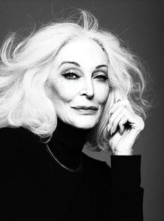 Carmen dell'Orefice Iconic Beauty (Vogue China)