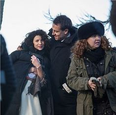 New BTS pic of Caitriona Balfe and Tobias Menzies on the set of Outlander Outlander Starz