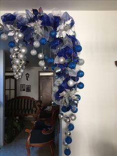 99 Rustic Romantic Blue And Silver Winter Wedding Ideas Blue Christmas Tree Decorations, Purple Christmas, Christmas Swags, Office Christmas, Christmas Centerpieces, Christmas Colors, Christmas Diy, Silver Winter Wedding, Christmas Wonderland