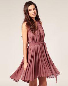 Vero Moda Pleated 70's dress. So cute!