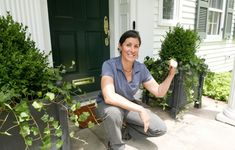 In this DIY Smarts, Ask This Old House landscape designer Jenn Nawada installs a front entry planter for a homeowner that will last through the winter. Landscape Fabric, House Landscape, Landscape Design, Garden Design, Outdoor Planters, Garden Planters, Outdoor Gardens, Outdoor Decor, Ivy Plants