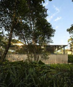 FIO House Inspired by a Garden Pavilion - InteriorZine