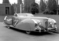 The Hollywood movie star, Diana Dors, was given this curvy 1949 Delahaye Type 175 Roadster by her husband. Diana Dors, Bugatti, Vintage Cars, Antique Cars, Art Deco Car, Automobile, Photos Originales, French Classic, Retro Mode