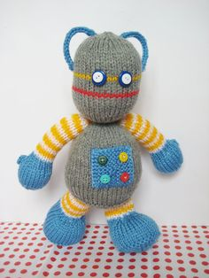 Beeper the Robot toy knitting pattern