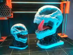 This is venom skull on symbiont base with tongue . Base and tongue is designet for faster print without support . Hole in base for tongue is biger . Fdm Printer, Fast Print, Venom, 3d Printing, Skull, Base, Studio, Artworks, Ideas