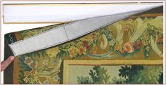 Very thin Aubusson Tapestry fixe don base with the Velcro