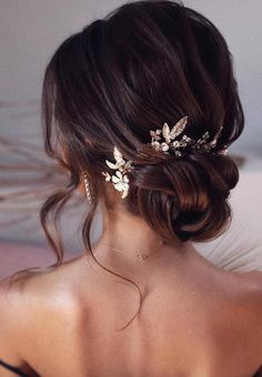 98 Wedding Hairstyles For Brides: brown hair; updo hairstyles for wedding; 98 Wedding Hairstyles For Brides: brown hair; updo hairstyles for wedding; curl wedding hairstyles for long hair; Bridal Hair Updo, Wedding Hair Flowers, Flowers In Hair, Brown Flowers, Wedding Hairstyles For Long Hair, Bride Hairstyles, Down Hairstyles, Hairstyle Ideas, Simple Hairstyles