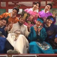 Cast of 'Scarlet Heart: Ryeo' the guy that plays the king though ✌️
