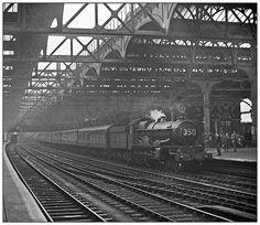Snow Hill 27/03/1957 (pjs,0508)   This was the day Peter did…   Flickr Birmingham City Centre, Birmingham Uk, Steam Railway, British Rail, Hill Station, Wolverhampton, West Midlands, Steam Locomotive, South Wales