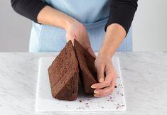 Χριστουγεννιατικα σπιτάκια από κέικ ! Banana Bread, Desserts, Blog, Strawberry Shortcake House, Tailgate Desserts, Dessert, Blogging, Deserts, Food Deserts