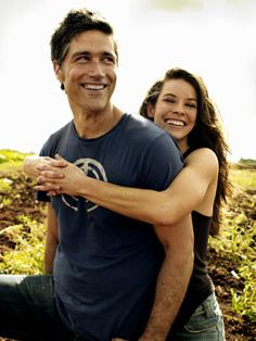 Ah yes! Matthew Fox and Evangeline Lilly as Jack and Kate..Another favourite couple from Lost!! :)
