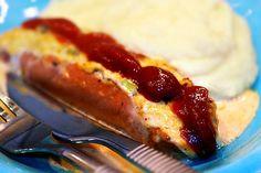Fylld, gratinerad frukostkorv & potatismos | Kryddburken Lchf, Summer Time, Sausage, Bacon, Oven, Food And Drink, Meat, Breakfast, Recipes