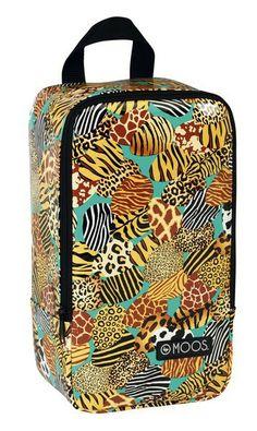Zapatillero diseñado por Moos para su línea de neceseres Animal Print. Dimensiones: 30 cm x 16 cm x 12 cm.