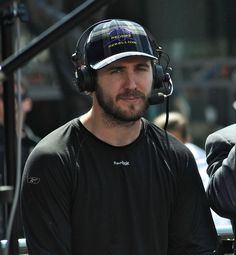 LA Kings Mike Richards on Postgame Show after Beating St. Louis