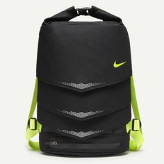 Nike Mog Bolt Backpack BLACK/BLACK/VOLT *** Don't get left behind, see this great product : Backpacking backpack Nike Football, Nike Basketball, Black Backpack, Backpack Bags, Look Fashion, Mens Fashion, Nike Heels, Nike Store, Designer Backpacks