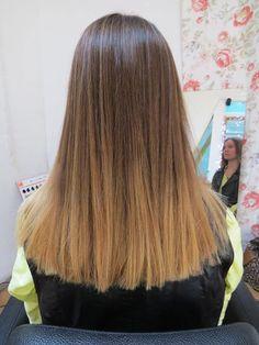 Ombre hair en Melana . Pelo liso hermoso