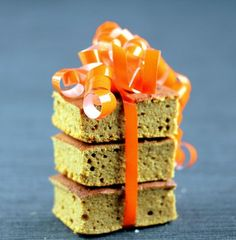 Soft, moist pumpkin bars, naturally gluten-free, sugar-free and low-carb