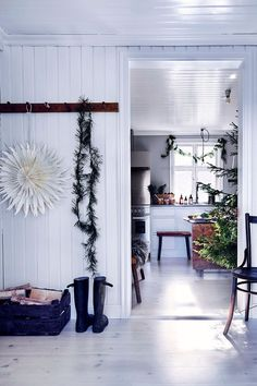 Christmas Decor Inspiration From A Scandinavian Country Home - The Nordroom Decor, Dark Wooden Furniture, Christmas Decor Inspiration, Decor Inspiration, Ikea Christmas, Christmas Inspiration, Scandinavian Loft, Decorating Your Home, Zara Home Christmas