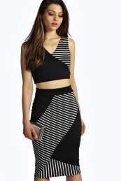 Kendal Monochrome Panelled Midi Skirt Co-Ord. Get sizzling discounts up to 60% Off at Boohoo with Coupon and Promo Codes.
