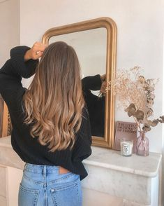 142 most popular blonde hair color looks for 2020 81 Brown Hair Balayage, Brown Blonde Hair, Brunette Hair, Hair Highlights, Dark Hair, Bronde Hair, Blonde Hair For Brunettes, Hair Looks, New Hair