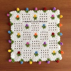 This Pin was discovered by Şem Crochet Flower Squares, Granny Square Crochet Pattern, Crochet Motif, Crochet Designs, Crochet Doilies, Crochet Flowers, Crochet Patterns, Crochet Books, Thread Crochet