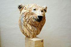 Jürgen Lingl-Rebetez sculpte le bois à la tronçonneuse. Magique !