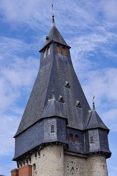 Dun-sur-Auron  (Cher) - Beffroi (XIIe)