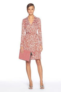 On my list of things I'd like to own one of.....a Diane Von Furstenburg wrap dress.