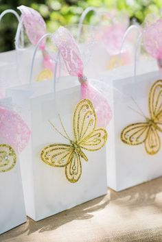 Butterfly gift bags from an Enchanted Fairy Garden Birthday Party on Kara's Party Ideas | KarasPartyIdeas.com (29) Butterfly 1st Birthday, Butterfly Garden Party, 1st Birthday Party For Girls, Butterfly Birthday Party, Butterfly Baby Shower, Fairy Birthday Party, Garden Birthday, Butterfly Gifts, Birthday Party Decorations