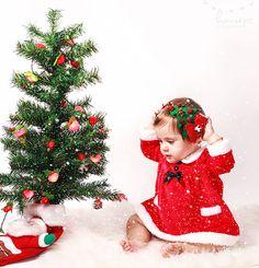 bir yaş çekimi #kids #bebekfooğrafı #konseptbebekftoğrafı #konsept #yılbaşı #biryaşçekimi #kidsphotography #photograph #cristmas #happynewyear Concept Photography, Wedding Couples, Christmas Ornaments, Holiday Decor, Children, Design, Xmas Pics, Christmas Decor, Young Children