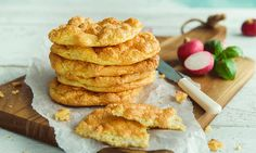 Cloud bread: Lavkarbobrød med 3 ingredienser! | EXTRA Cloud Bread, Low Carb Bread, 3 Ingredients, Healthy Cooking, Nom Nom, Recipies, Good Food, Food And Drink, Apple