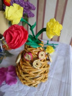 Saját munka/my own works_Baglyos váza. Papírfonás Paper weaving