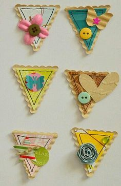 Triangle DIY embellishments 2019 Triangle DIY embellishments The post Triangle DIY embellishments 2019 appeared first on Scrapbook Diy. Album Diy, Tarjetas Diy, Ideias Diy, Candy Cards, Scrapbook Embellishments, Card Tags, Scrapbook Cards, Scrapbook Layouts, Envelopes