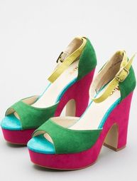 Want these so badly! Can't be five inches taller than I already am, though. Sigh.