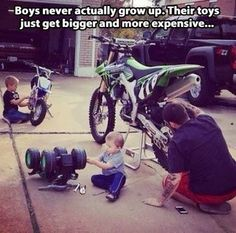 Funny pictures about Boys Never Grow Up. Oh, and cool pics about Boys Never Grow Up. Also, Boys Never Grow Up photos. Funny Images, Funny Pictures, Funny Pics, Funny Stuff, Dirt Bike Quotes, Rage Comic, Never Grow Up, Dirtbikes, Bike Life
