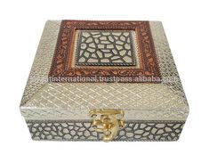 Source Antique FLOWER designed Wooden Handmade Wedding Box / Indian Gift Box on m.alibaba.com Marriage Box, Marriage Gifts, Return Gifts Indian, Mithai Boxes, Dry Fruit Box, Indian Wedding Gifts, Corrugated Box, Wedding Gift Boxes, Antique Boxes