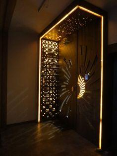 House Main Door Design, Pooja Room Door Design, Ceiling Design Living Room, Door Design Interior, Foyer Design, Home Room Design, Modern Entrance Door, Main Entrance Door Design, Wooden Front Door Design