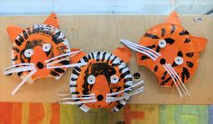 Terrific Tiger Hand Puppets: A very arty craft! Art For Kids, Crafts For Kids, Arts And Crafts, Tiger Mask, Tiger Crafts, Kindergarten Art Projects, Masks Art, Art Lessons Elementary, Old Art