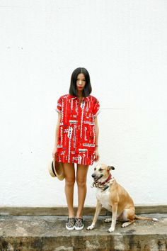 Ezzentric Topz - A not so girly fashion Blog by stylist and vintage store owner Twee Wu in Hong Kong: Cheer Up
